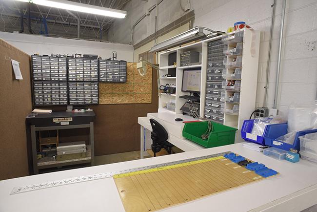Medium Injection Molding Manufacturing